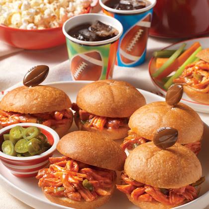 manwich_slow-cooker-pulled-chicken-sandwiches_420x420.jpg