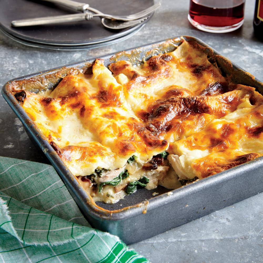 Chicken spinach and mushroom lasagna recipe myrecipes for Spinach chicken lasagna recipe