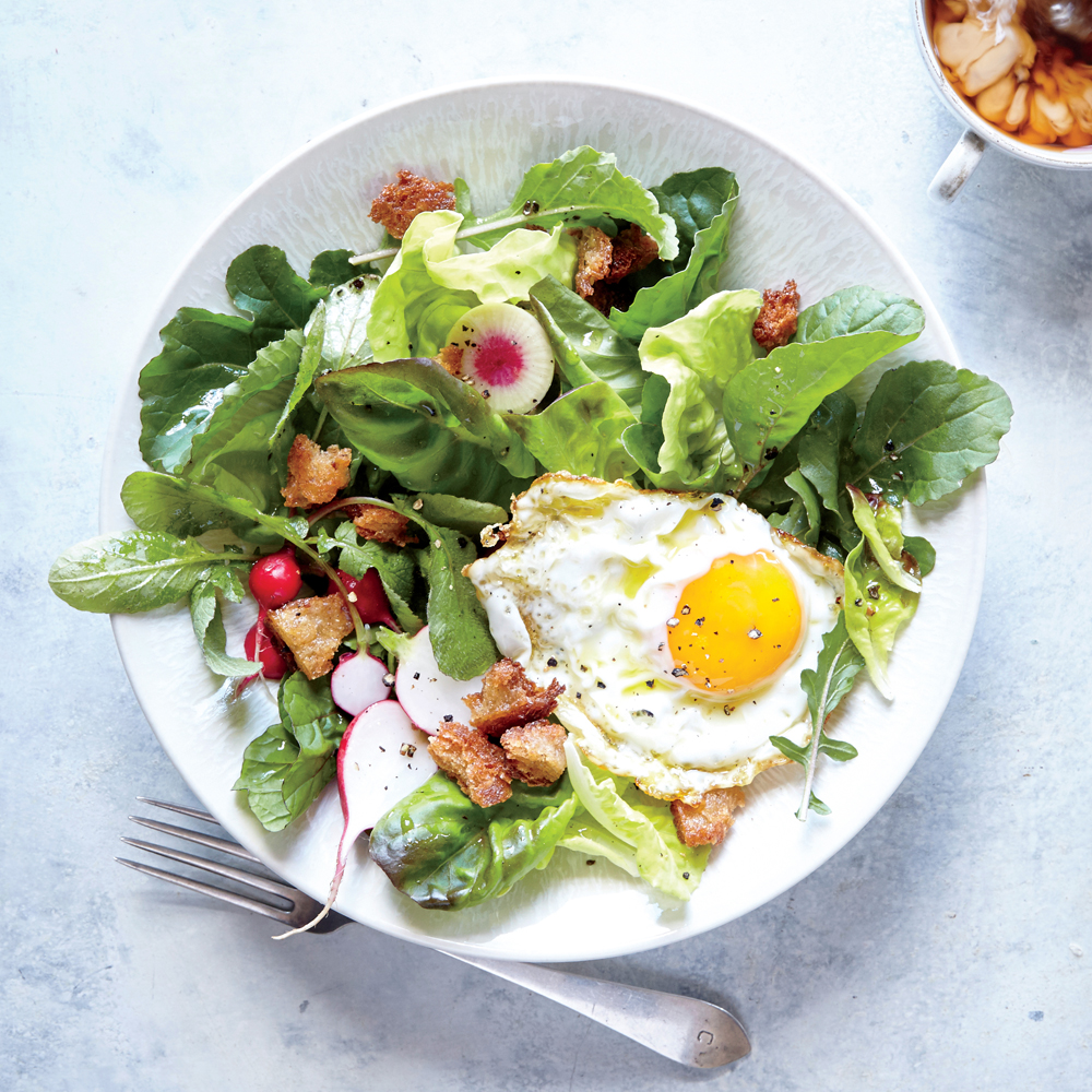Fried Egg and Crunchy Breadcrumb Breakfast Salad
