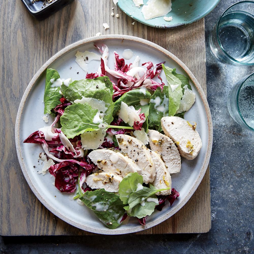 Garlic-Sage Roasted Chicken with Kale en Radicchio Caesar Salad