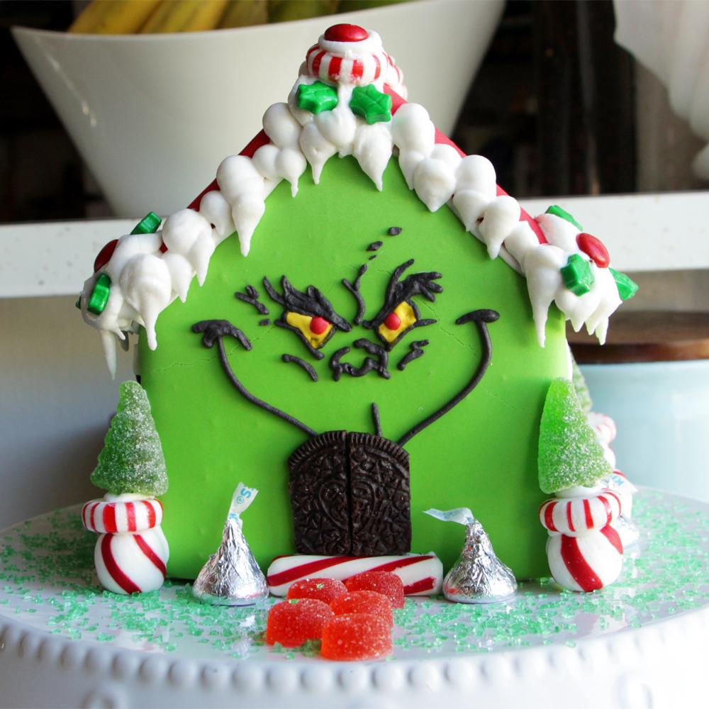 grinch-gingerbread-house-mr.jpg
