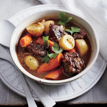 classic-slow-cooker-beef-stew-ck-1000.jpg