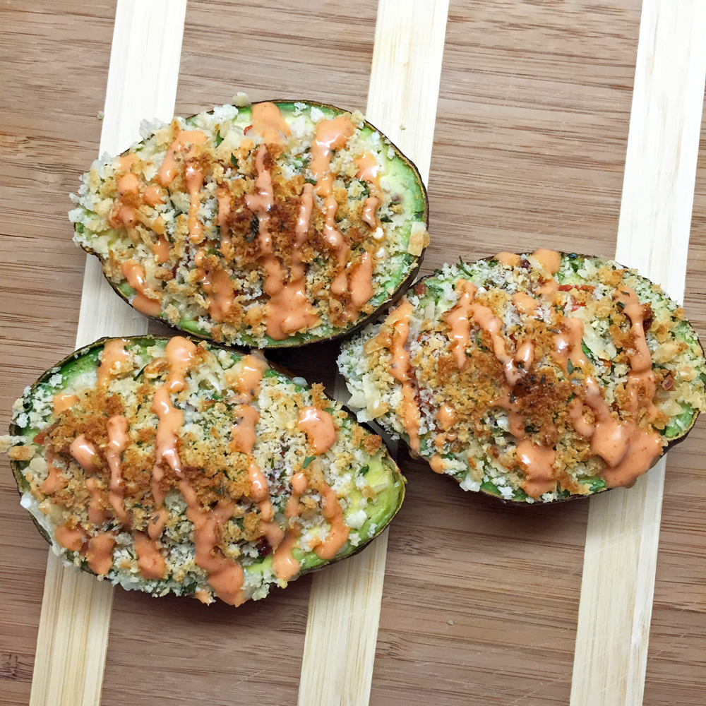 baked-avocados-sriracha-sauce.jpg