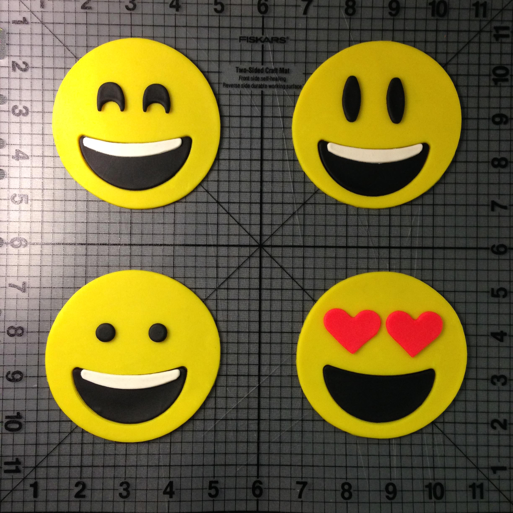 <p>Emoji Cookie Cutters</p>