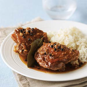 chicken-adobo-su-1589357-x.jpg