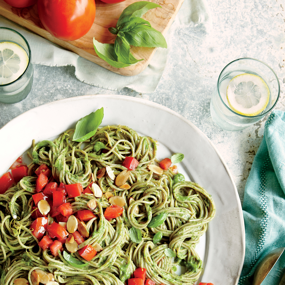Spaghetti With Spinach-Avocado Sauce Recipe