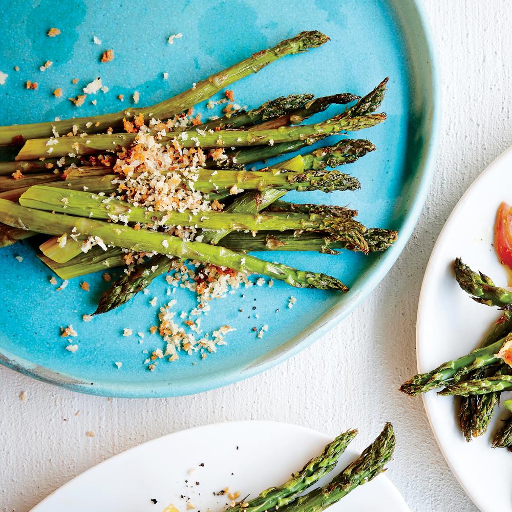 Asparagus with Lemon-Parmesan Breadcrumbs Recipe | MyRecipes.com