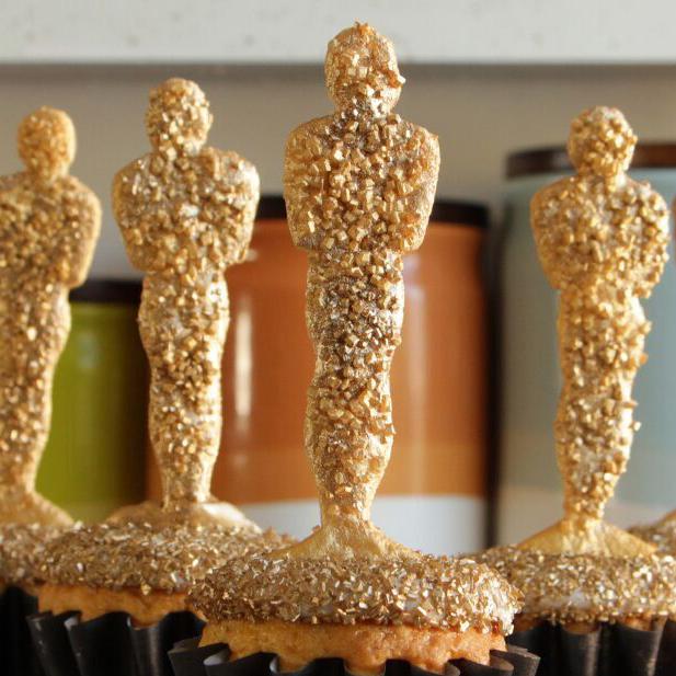 oscar-awards-cupcakes-final-mr.jpg