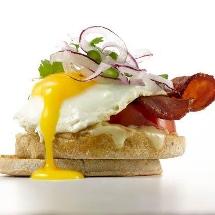 bacon-jalapeno-egg-sandwich-xl.jpg