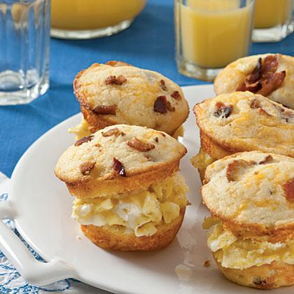 scrambled-egg-muffin-sliders-sl-x.jpg