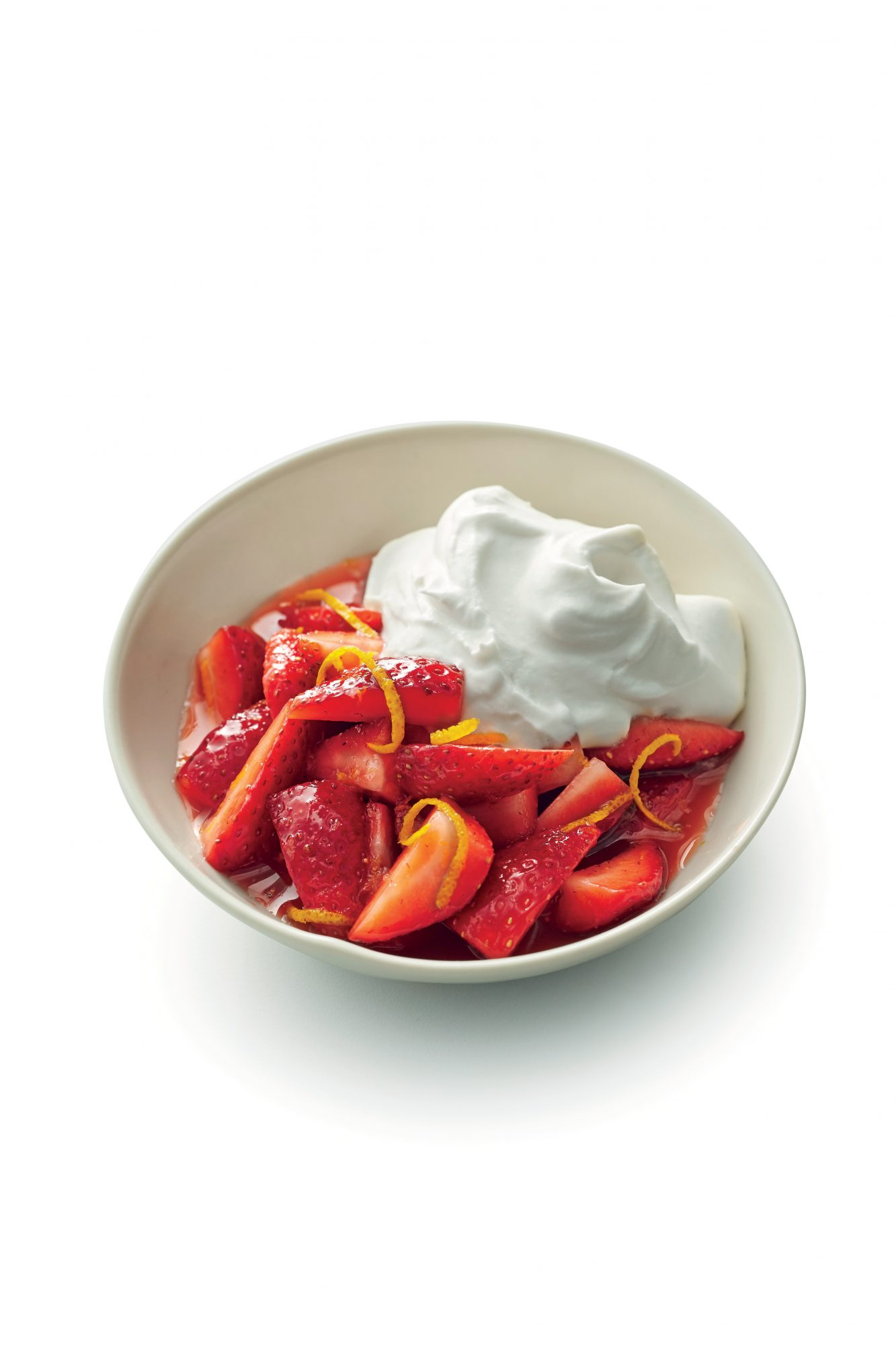 how to make strawberries and cream with sour cream