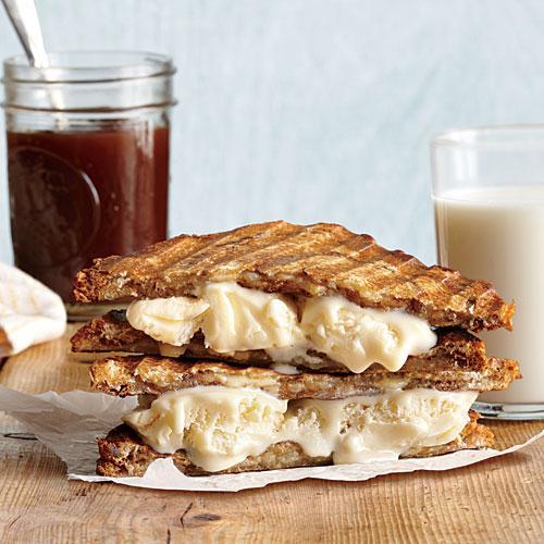 1407p156-grilled-ice-cream-sandwich-x-1.jpg