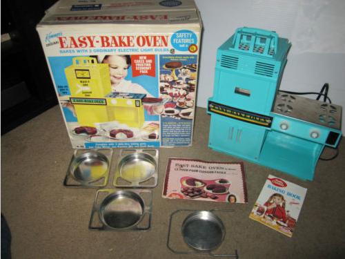 5 Reasons We Love Easy Bake Ovens