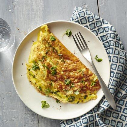 1605p142-fresh-herb-omelet.jpg