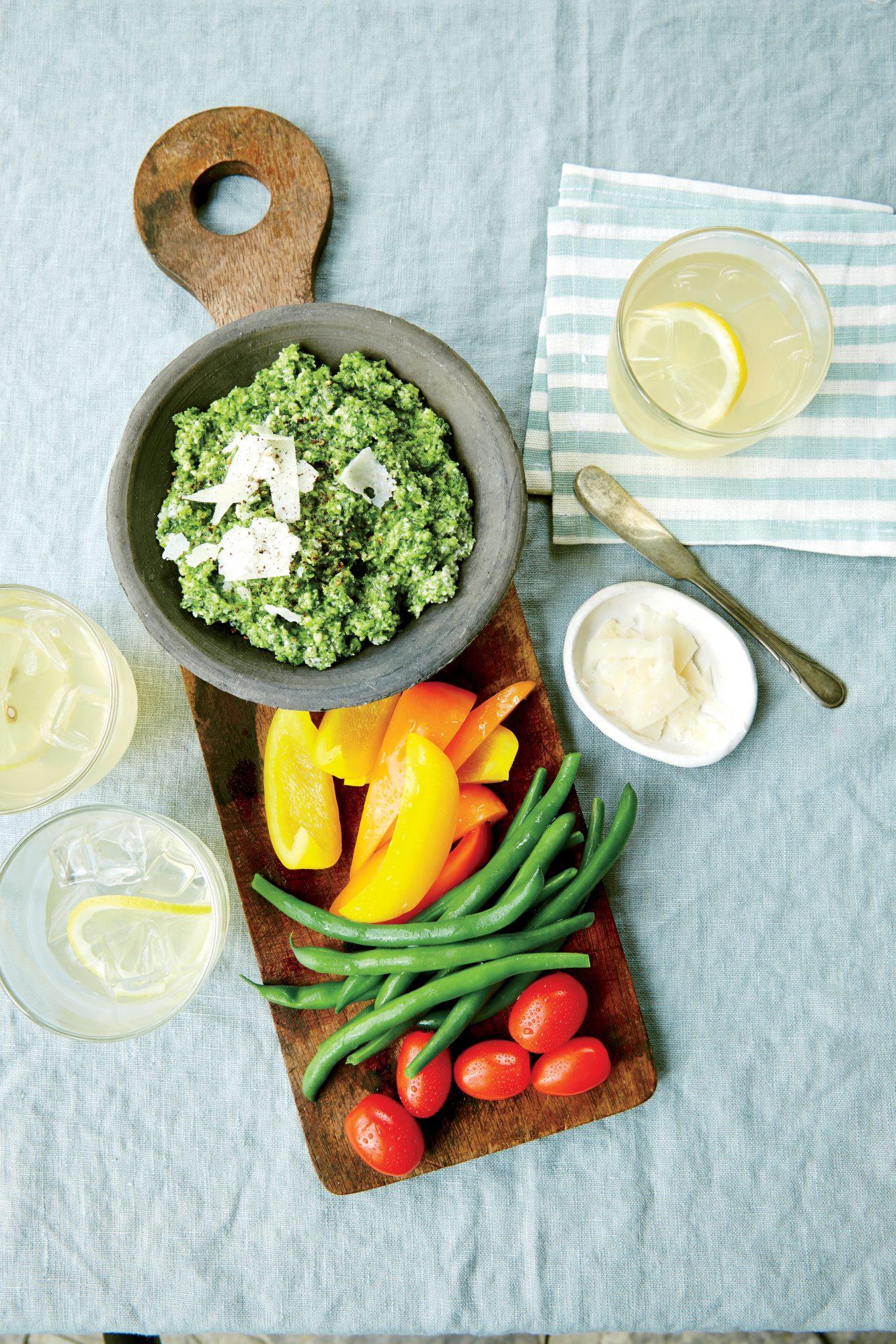 Zucchini Pesto with Crudites