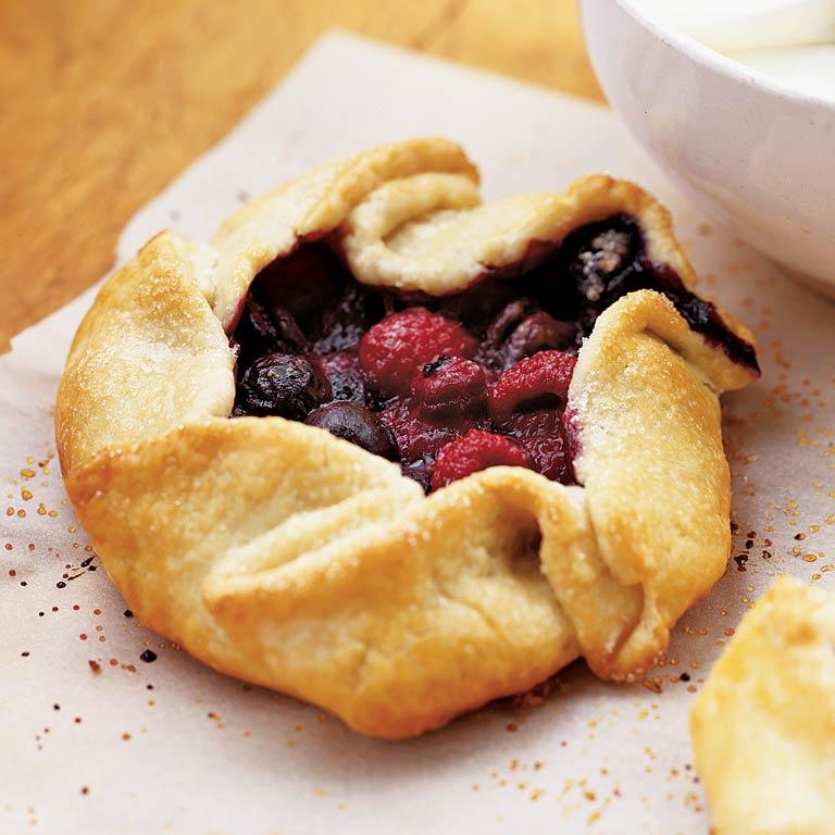 <p>Rustic Berry Crostata</p>