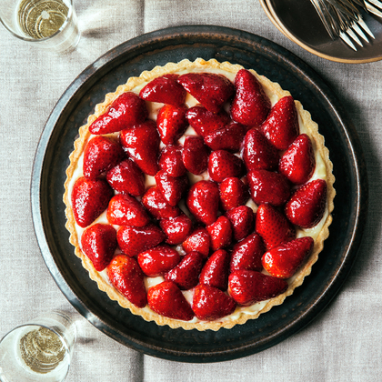 A Love Letter to Strawberry Pie