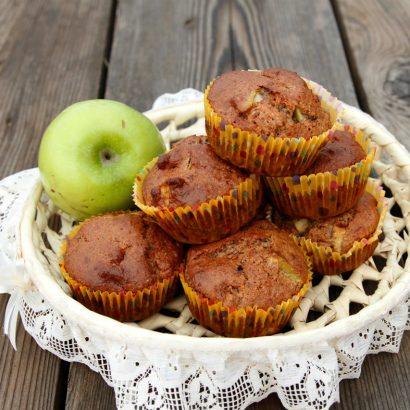 Cheerios™ - Almond-Apple Muffins