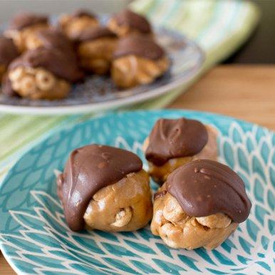 Cheerios™ - Peanut Butter Chocolate Balls