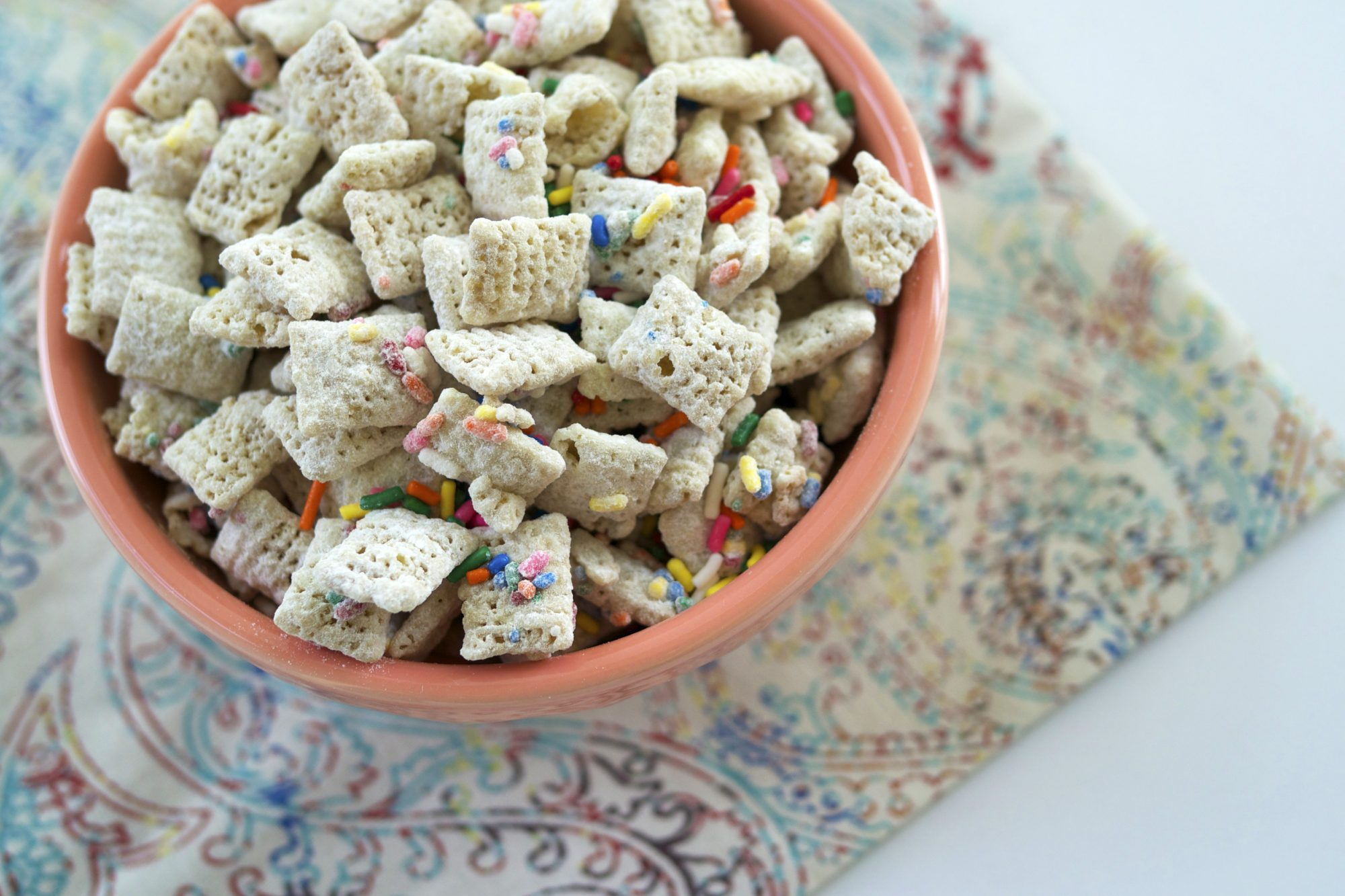 <p>Birthday Cake Puppy Chow</p>