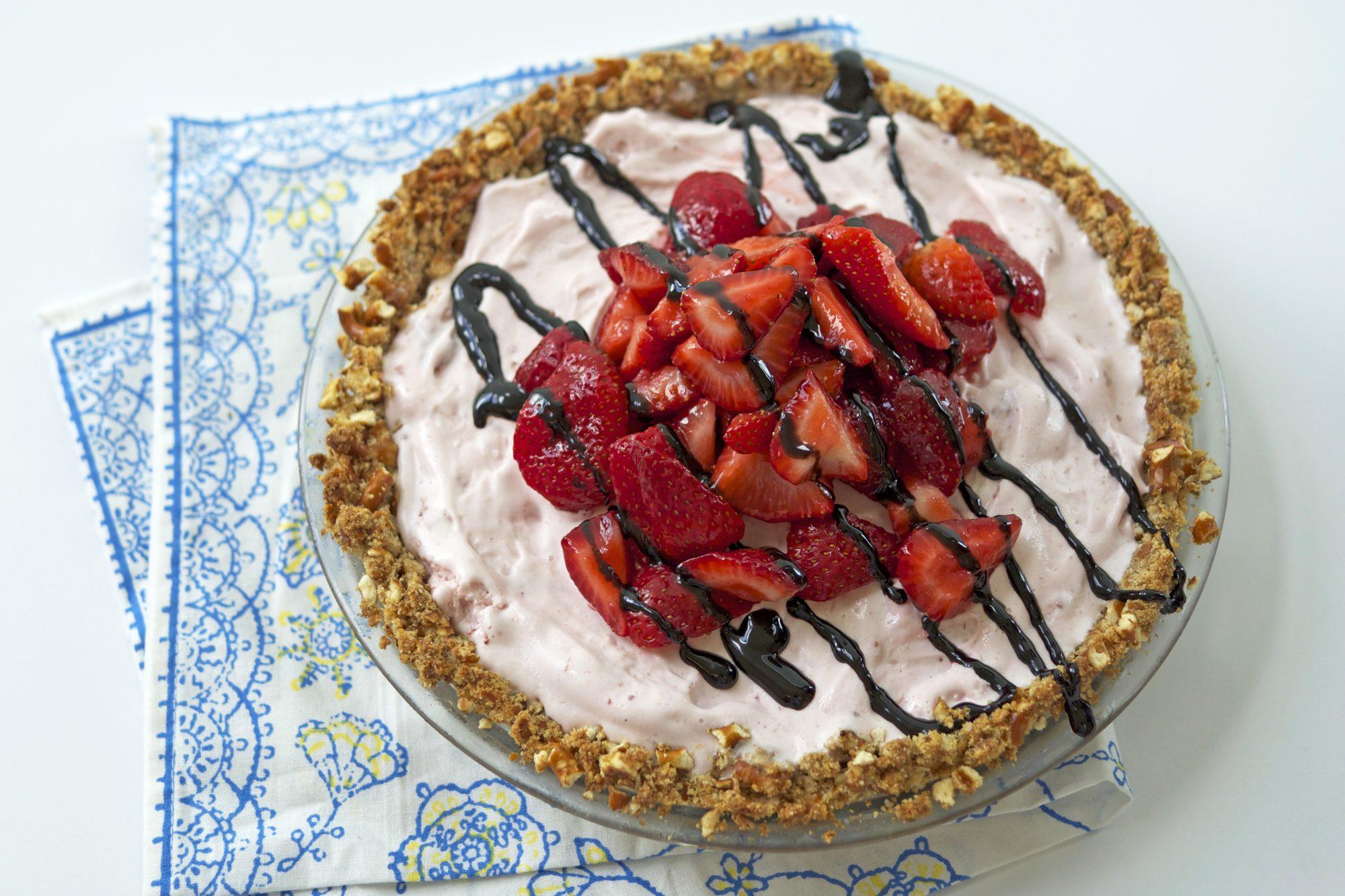 Strawberry Ice Cream Pie with Pretzel Crust Image