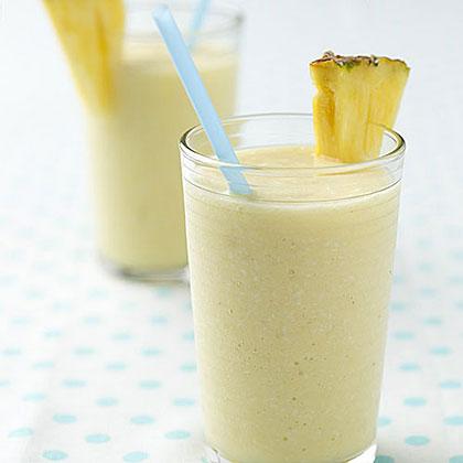 pina-colada-smoothie-ay-x.jpg