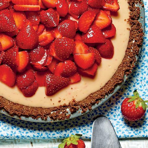 strawberry-lemon-buttermilk-icebox-pie-sl.jpg