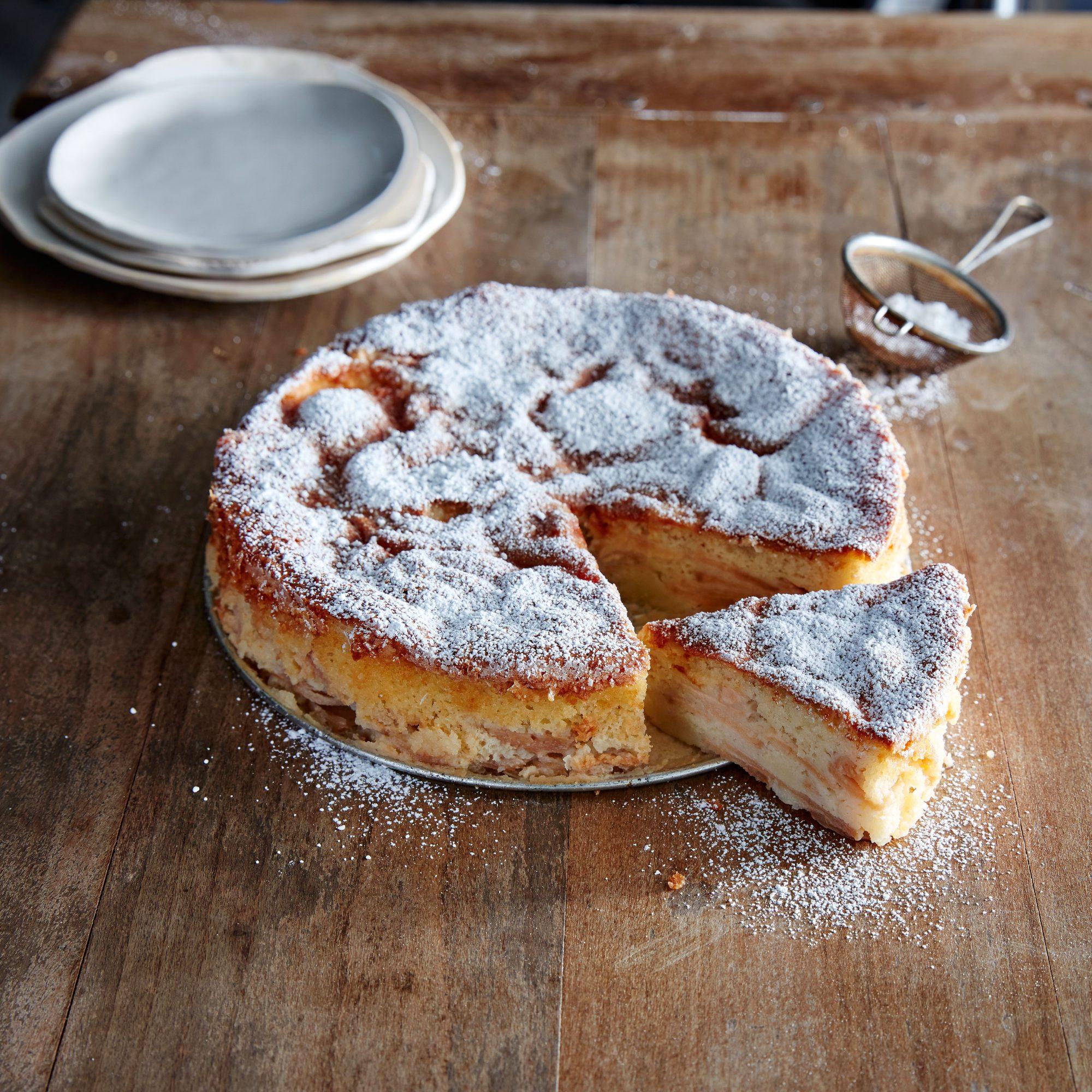 Apple Cream Torte image