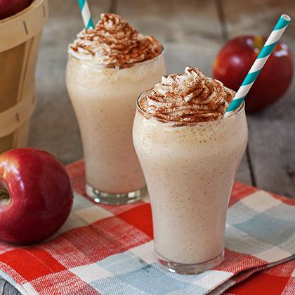 <p>Juicy Juice® Apple Pie Milkshake</p>