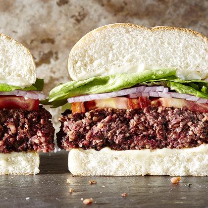 best-beefy-vegan-burgers-mr_0.jpg