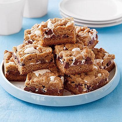 smores-cookie-bars-ay-x.jpg