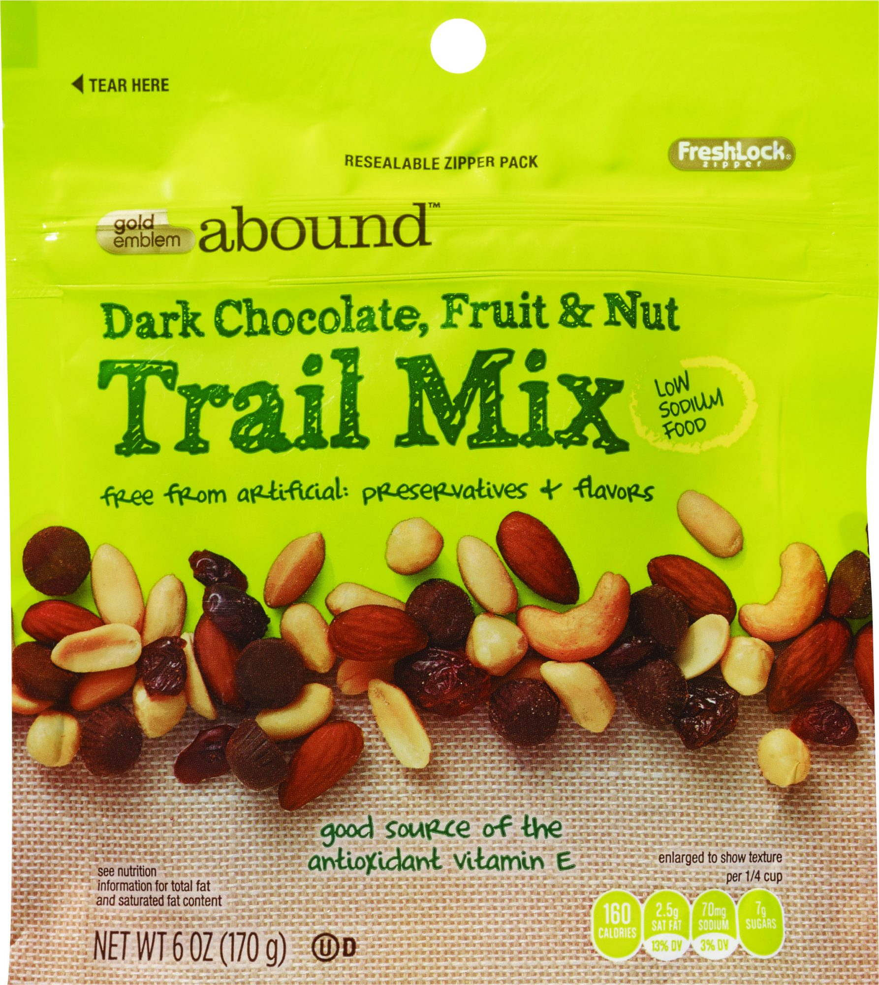 gea-dark-chocolate-fruit-nut-trail-mix.jpeg