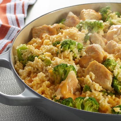 VELVEETA® One Pot Cheesy Chicken and Broccoli Rice [Ad]