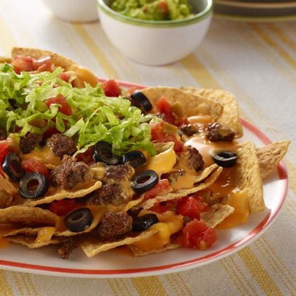 VELVEETA® Fast n' Tasty Loaded Nachos [Ad]