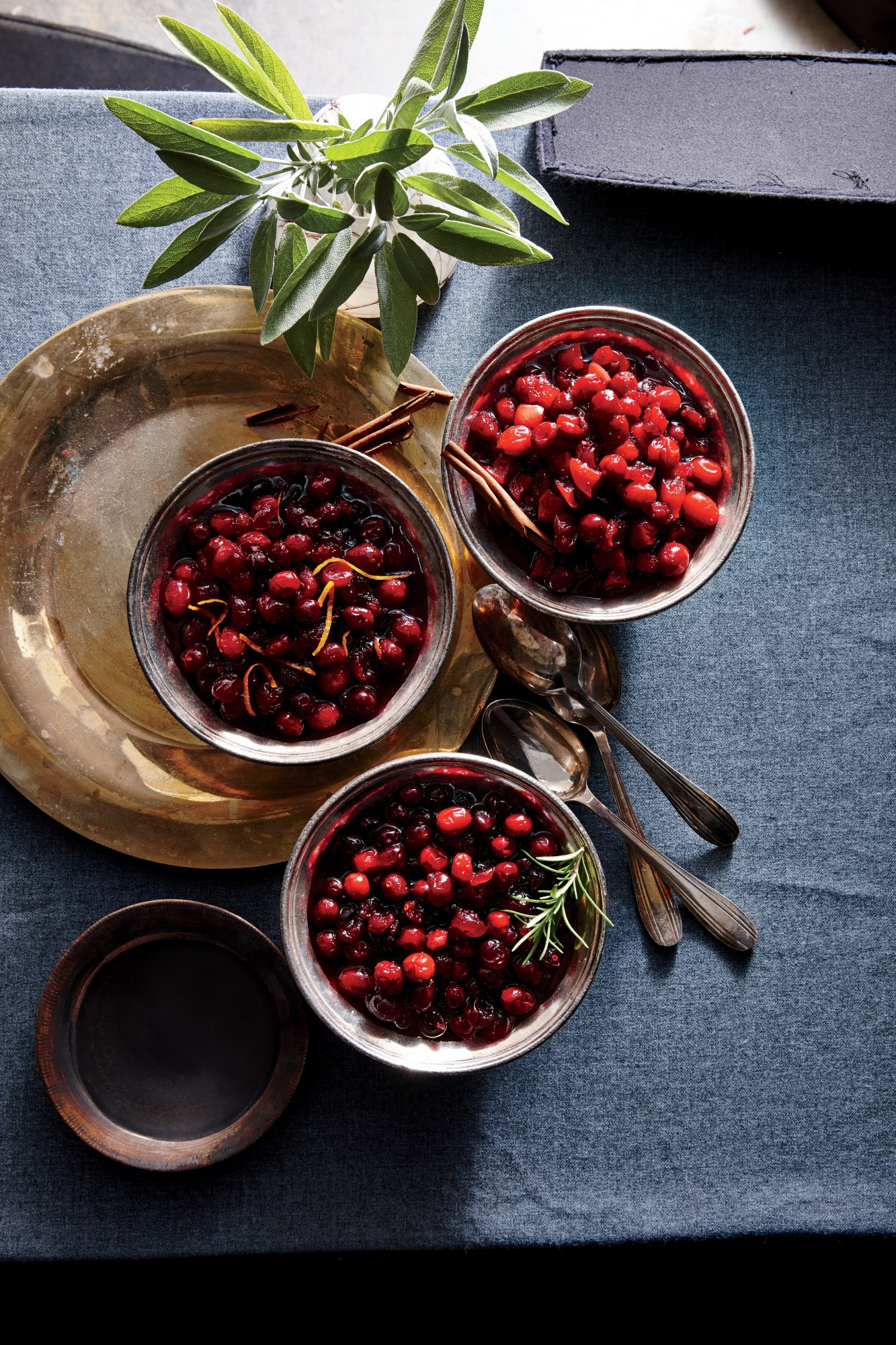 Spiced-Apple Cranberry Sauce