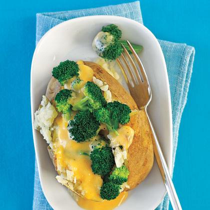 broccoli-cheese-stuffed-potatoes-x.jpg