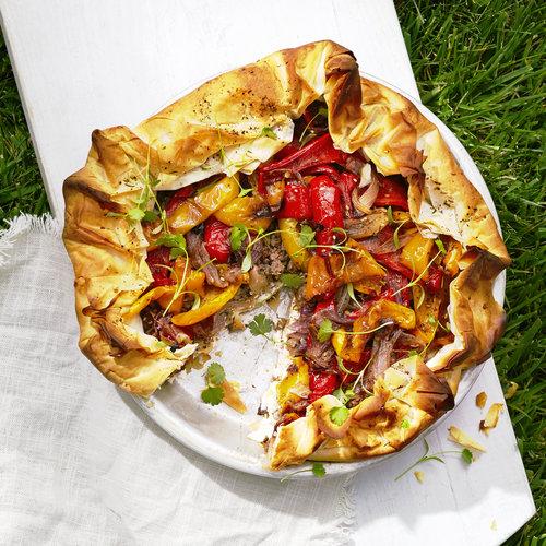 picnic-mediterranean-roasted-pepper-feta-and-lamb-filo-pie-0815.jpg