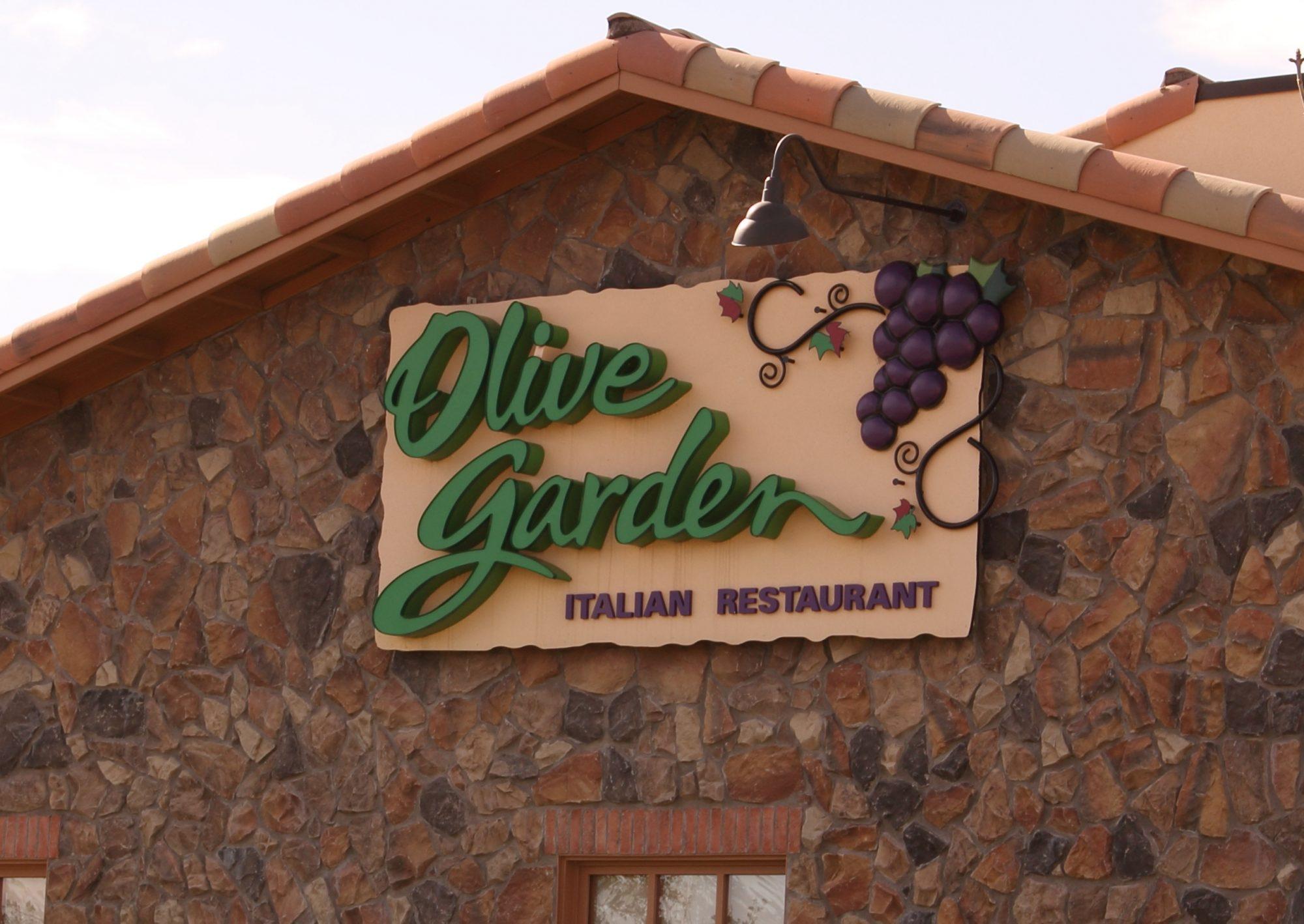 5 Lessons I 39 Ve Learned Using My Olive Garden Never Ending Pasta Pass Myrecipes