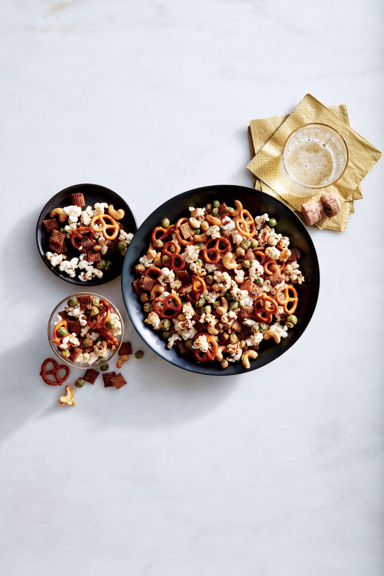 Sesame-Soy Nut and Pretzel Mix image
