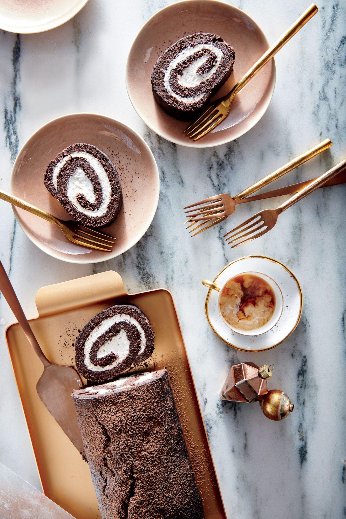 chocolate yule log image - Classic Christmas Desserts