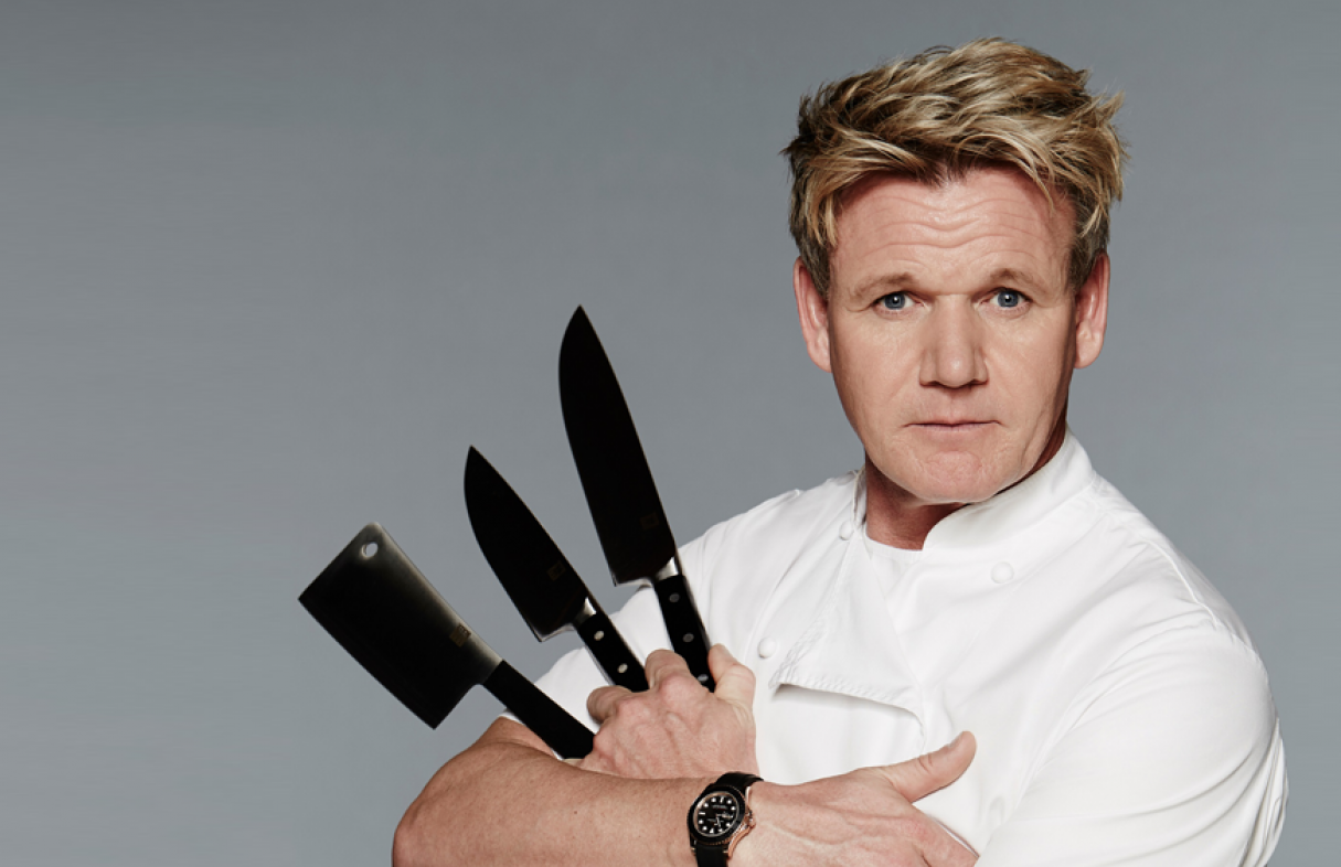 croppedfocusedimage121578650-50-gordon-ramsay-gifting-tablets-knives.png
