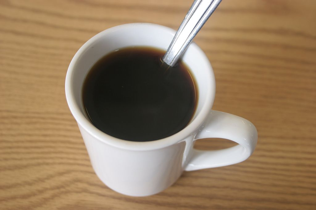 4 Ways to Caffeinate at Your Desk That Taste Way Better Than the Crappy Office Coffee