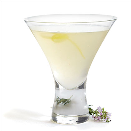 rosemary-cocktail-ck-1941006-x.jpg