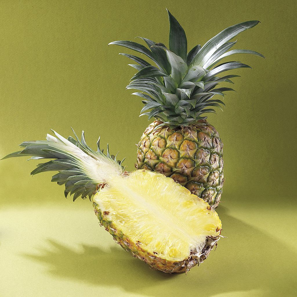 pineapple-half-getty-image