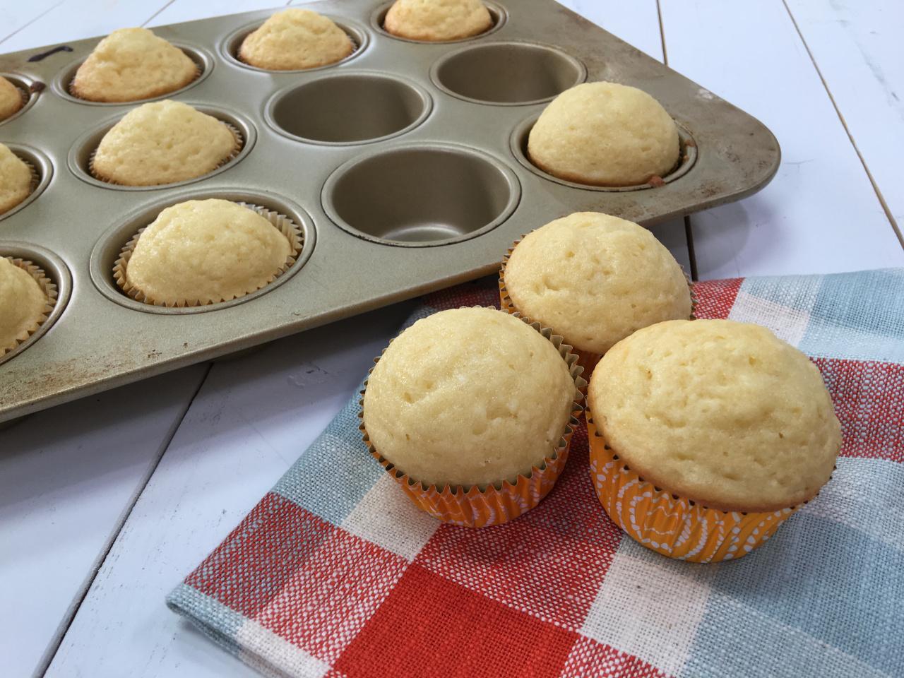 1602 Krispy Kreme muffins