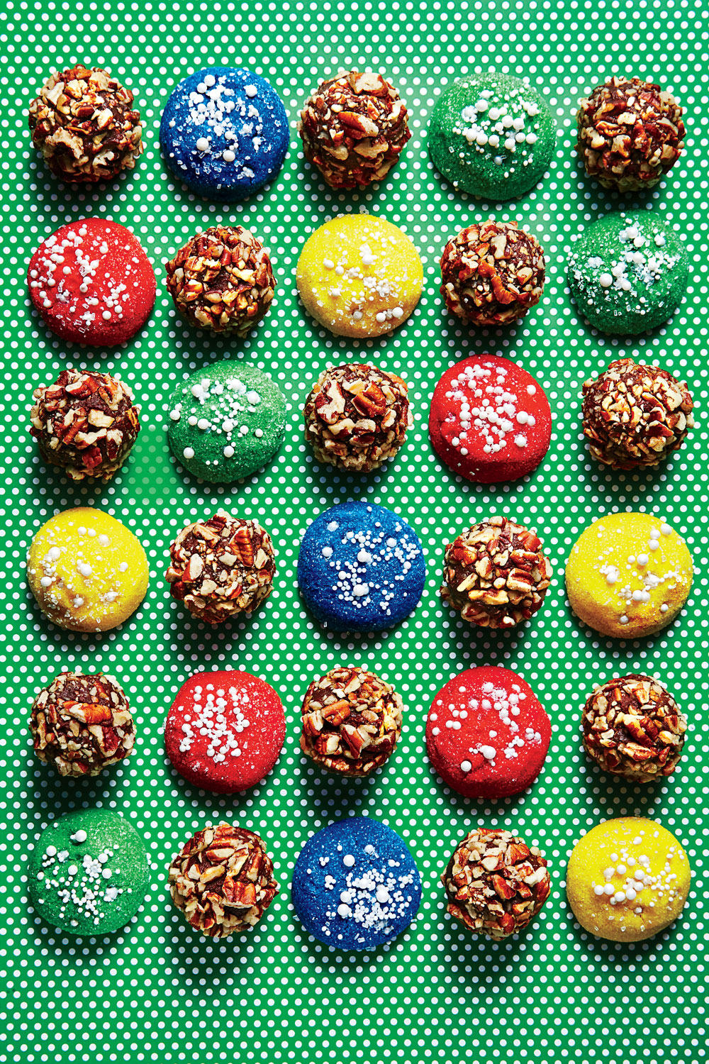 Sparkling Ornament Cookies image