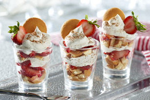 NILLA Strawberry Shortbread with Gingerbread Cream image