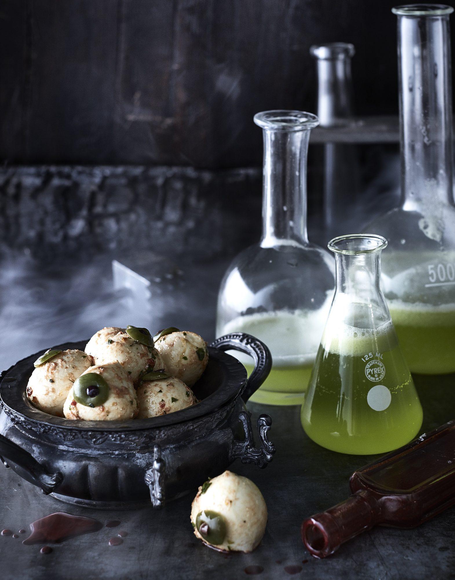 Midori Lemon Gin Fizz image