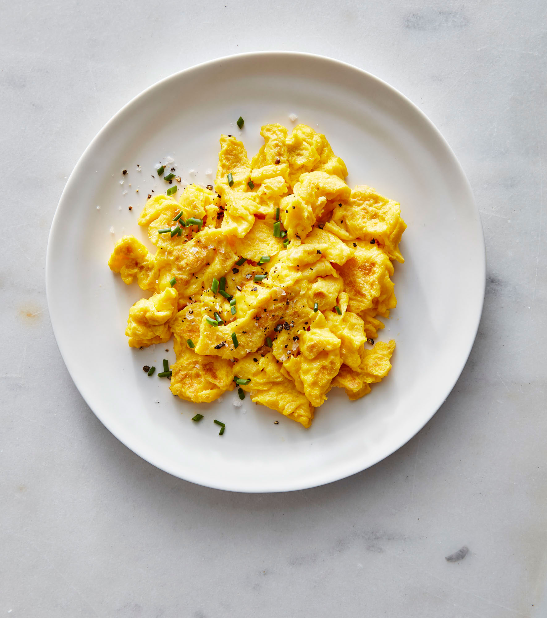 Diner-Style Scrambled Eggs image