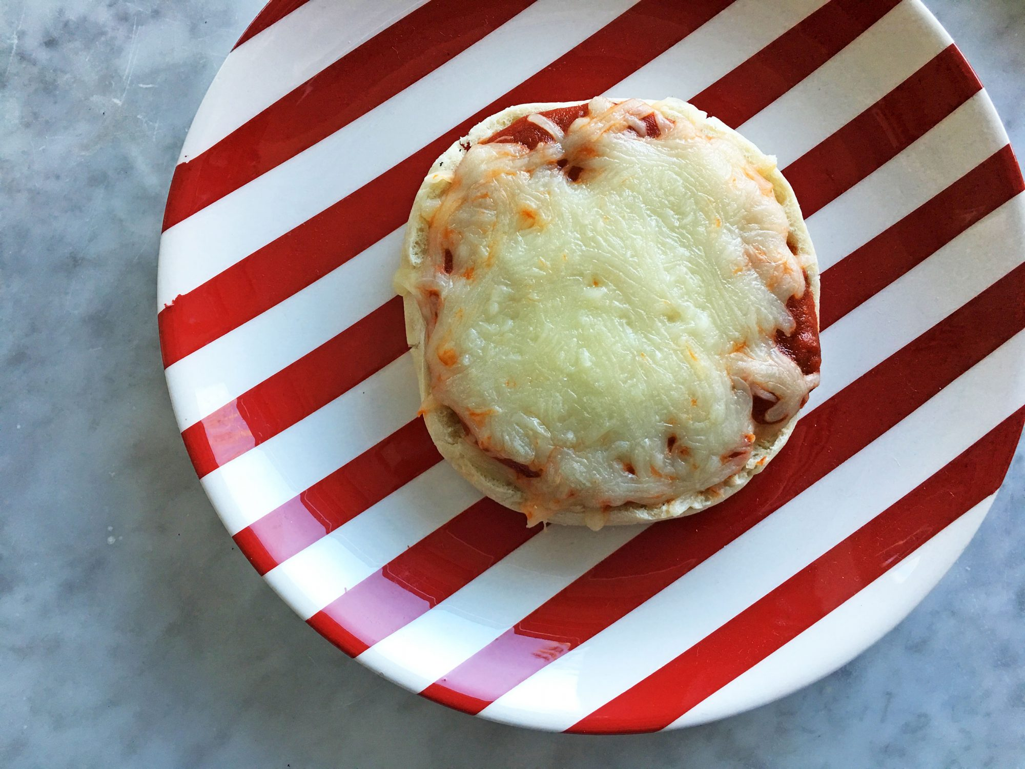 toaster-oven-mini-pizza-image